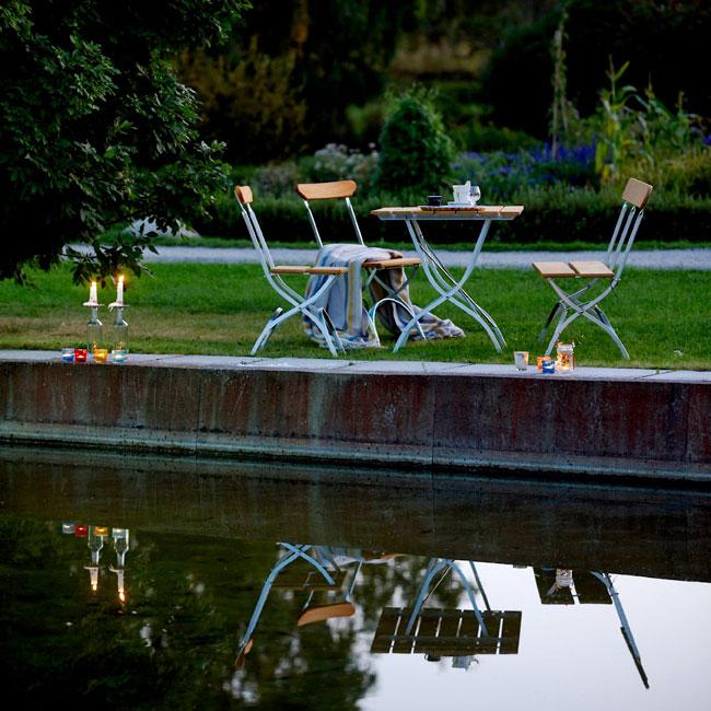 veranda.se-Bryggeri-stol-oljad-ek-förzinkat-stativ-miljö_w650x650
