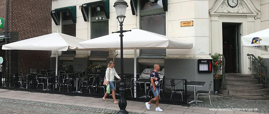 Loong-Shing-Ystad-Big-Ben-parasoller-Caravita_w940x400