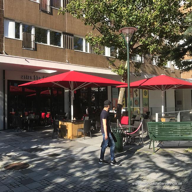 Ricemarket-Glatz-parasoll-Castello-2_w650x650