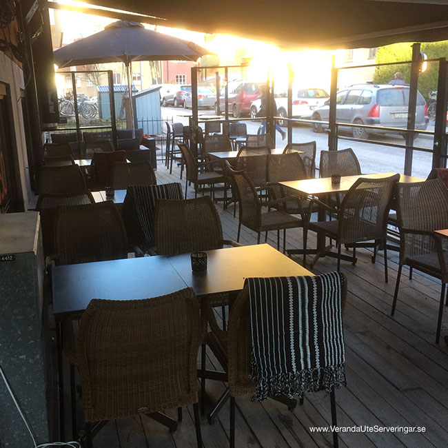 veranda.se-VerandaUteserveringar.se-Restaurang-Inne-Lyckliga-Gatan-30-ute3_w650x650